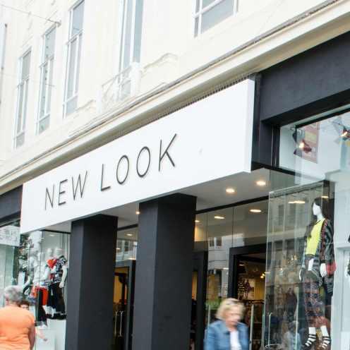 New-Look_fashion_shopfront_PA